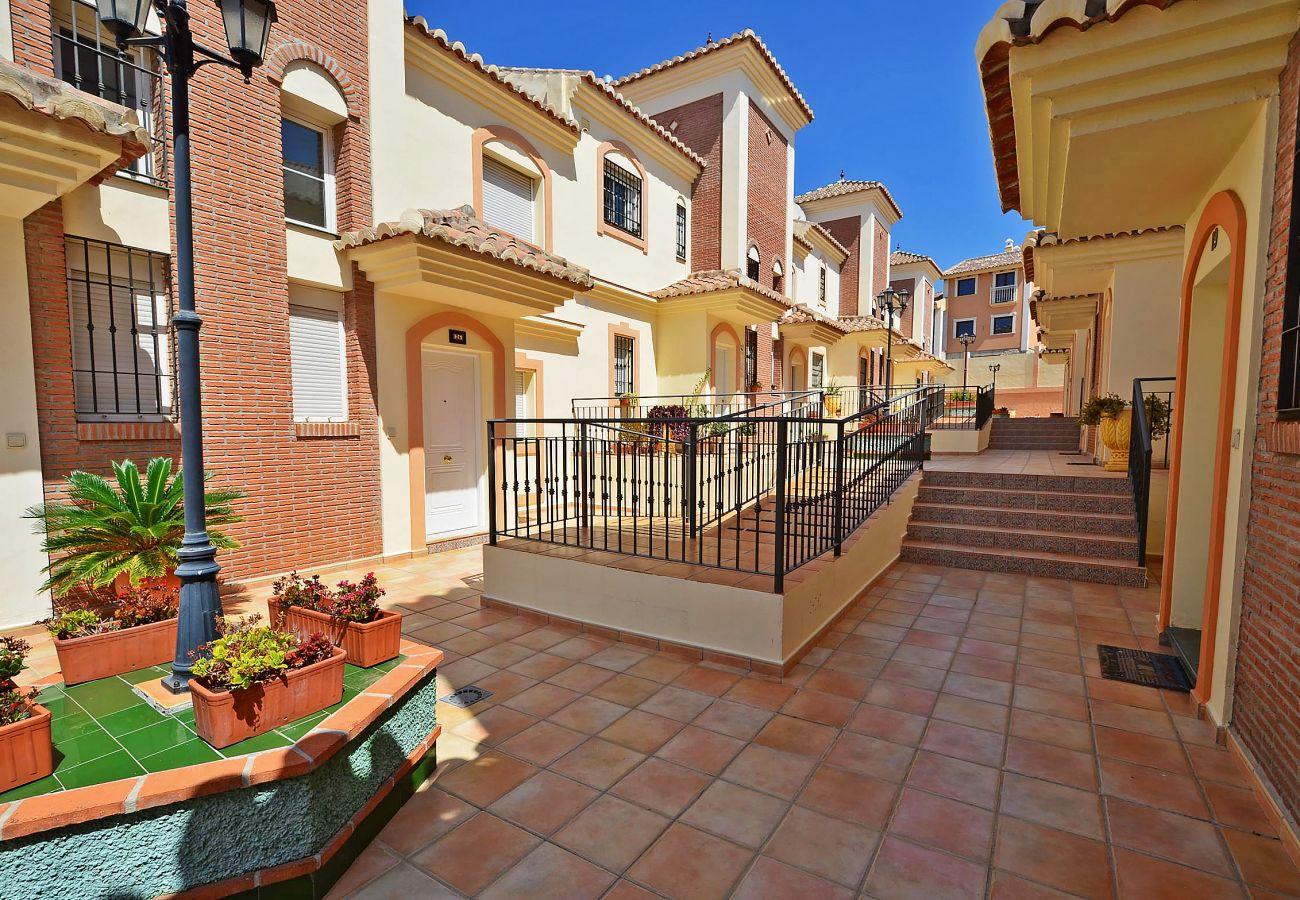 Villa a Nerja - Villa Jacuzzi Noria Casasol
